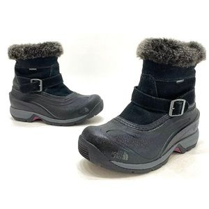 The North Face Chilkat III Womens Black Boots Sz 6